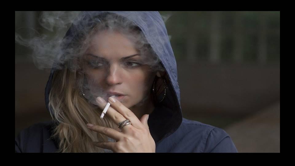 タバコは筋トレに良いのか悪いのか?
